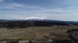 学校から見える鳥海山